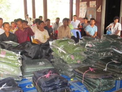 16.5 selected rangers received hamacs, GPS, camera